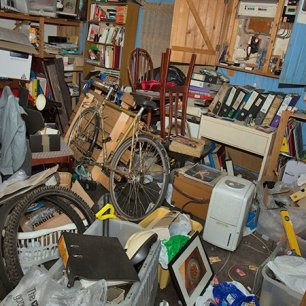 am_190530_hoarding_clutter_800x450